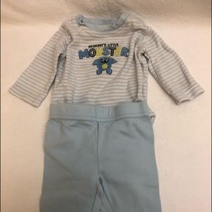 Boys Carters 2pc Outfit 3mos LS Onesie Pants NWT